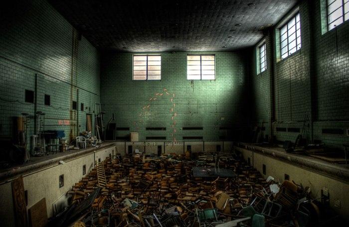 university-of-rochester-abandoned-pool-01