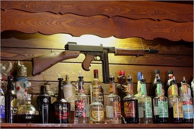 MachineGun_behindBar